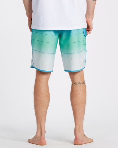 5 73 Stripe Pro Boardshorts Blue M1271BST Billabong