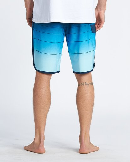 9 73 Stripe Pro Boardshorts Blue M1271BST Billabong