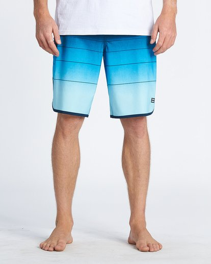 7 73 Stripe Pro Boardshorts Blue M1271BST Billabong