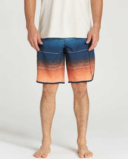 4 73 Stripe Pro Boardshorts Orange M127TBST Billabong