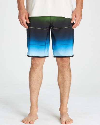 7 73 Stripe Pro Boardshorts Green M127VBST Billabong