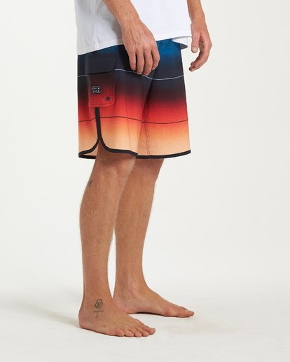 8 73 Stripe Pro Boardshorts Red M127VBST Billabong