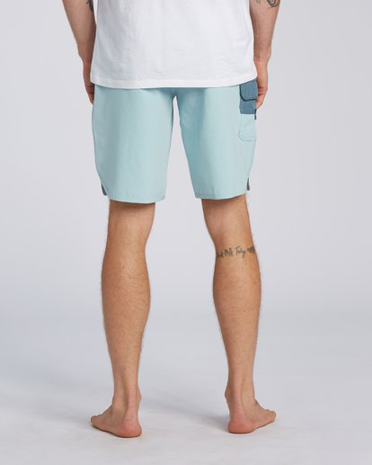 7 73 Pro Boardshorts Blue M1281BSP Billabong