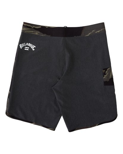 1 73 Pro Hawaii Boardshorts Black M1283BSD Billabong