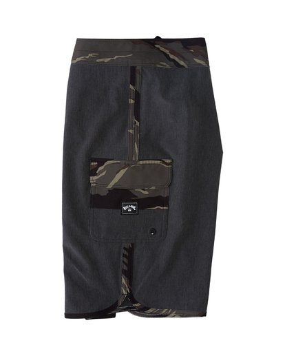 2 73 Pro Hawaii Boardshorts Black M1283BSD Billabong
