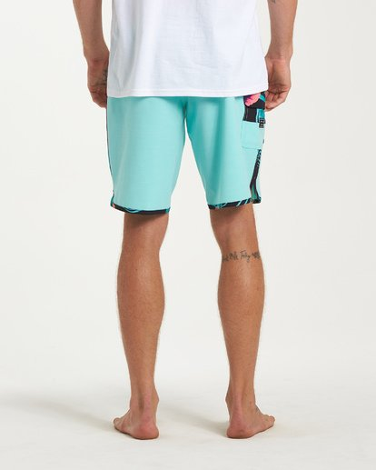 9 73 Pro Boardshorts Green M128TBSE Billabong