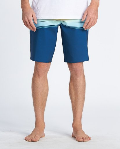 7 North Point Pro Boardshorts Blue M1301BNP Billabong