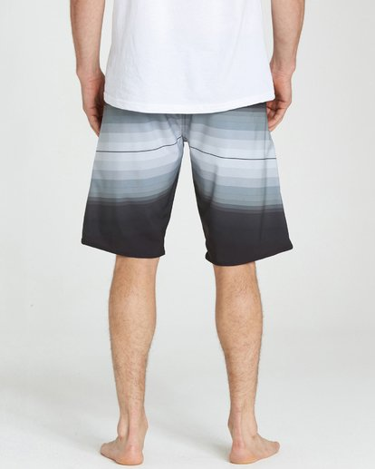 5 Fluid X Boardshorts Black M130NBFL Billabong