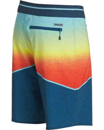 3 North Point Pro Boardshorts Orange M130TBNP Billabong