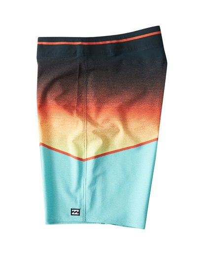 2 North Point Pro Boardshorts Green M130VBNP Billabong