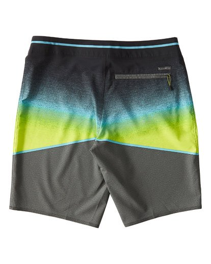 1 North Point Pro Boardshorts Grey M130VBNP Billabong