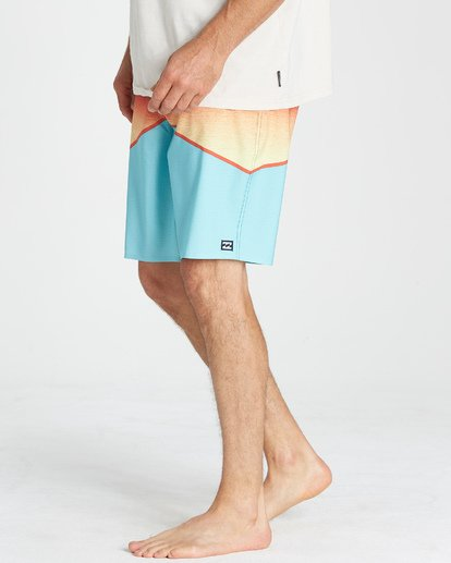 9 North Point Pro Boardshorts Green M130VBNP Billabong