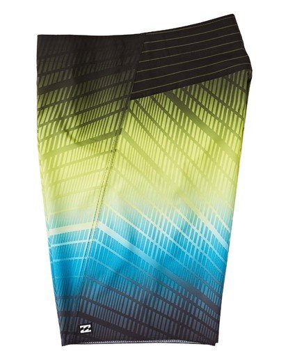 "2 Fluid Pro Boardshorts 20"" Black M1311BFP Billabong"