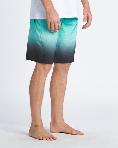 9 Fluid Pro Boardshorts Blue M1311BFP Billabong