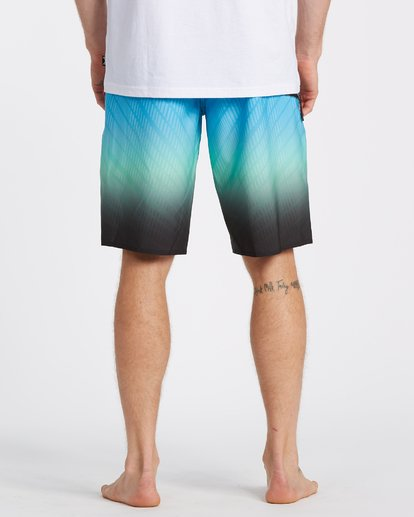 5 Fluid Pro Boardshorts Black M1311BFP Billabong