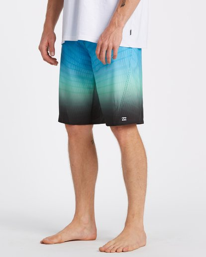 3 Fluid Pro Boardshorts Black M1311BFP Billabong