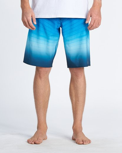 "7 Fluid Pro Boardshort 20"" Blue M1311BFP Billabong"