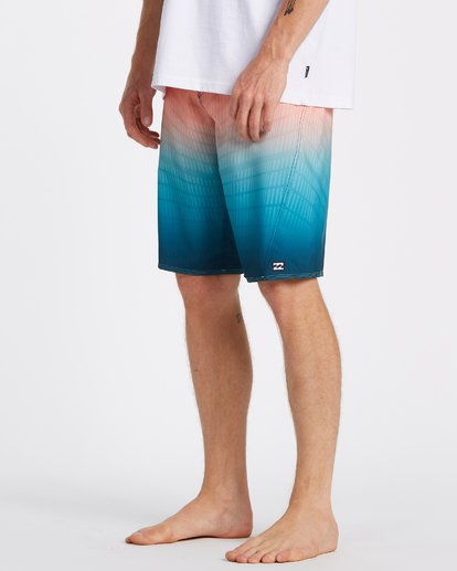 3 Fluid Pro Boardshorts Multicolor M1311BFP Billabong