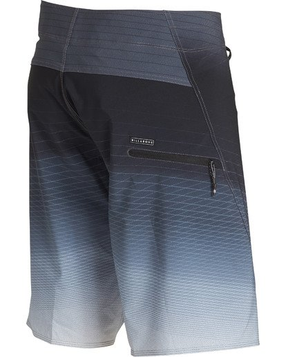 3 Fluid Pro Boardshorts Black M131TBFL Billabong