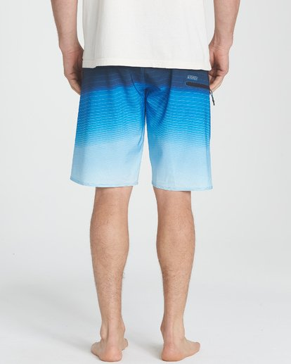 7 Fluid Pro Boardshorts Blue M131TBFL Billabong