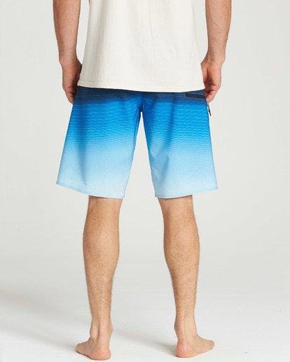 9 Fluid Pro Boardshorts Blue M131TBFL Billabong