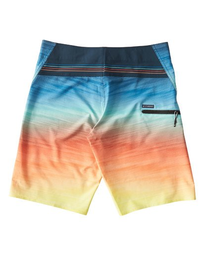 1 Fluid Pro Boardshorts Blue M131VBFL Billabong