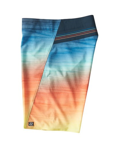 2 Fluid Pro Boardshorts Blue M131VBFL Billabong