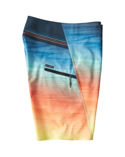 3 Fluid Pro Boardshorts Blue M131VBFL Billabong