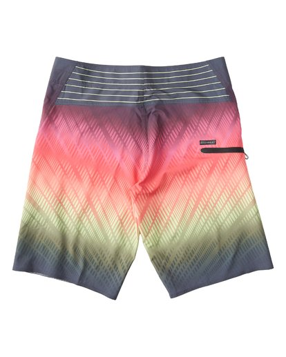 "1 Fluid Pro Boardshort 21"" Red M131VBFL Billabong"