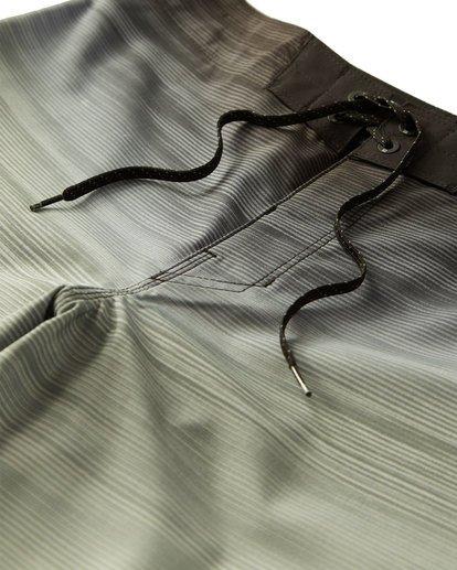 4 Fluid Pro Boardshorts Grey M131VBFL Billabong