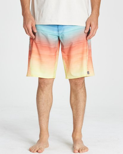 7 Fluid Pro Boardshorts Blue M131VBFL Billabong