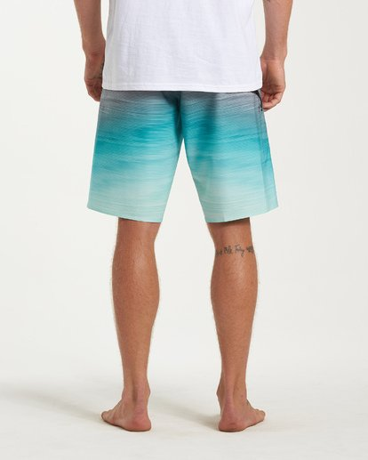 9 Fluid Pro Boardshorts Green M131VBFL Billabong