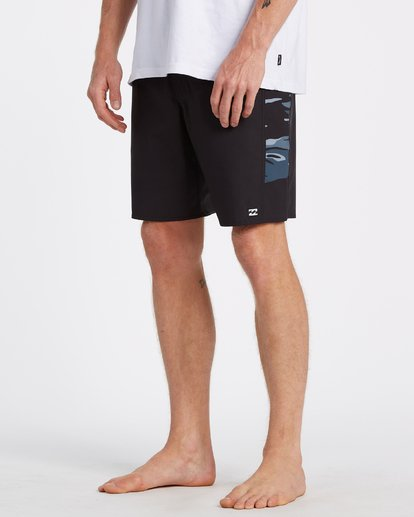 10 D Bah Pro Boardshorts Black M1321BDS Billabong