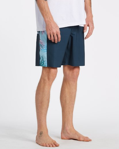 11 D Bah Pro Boardshorts Blue M1321BDS Billabong