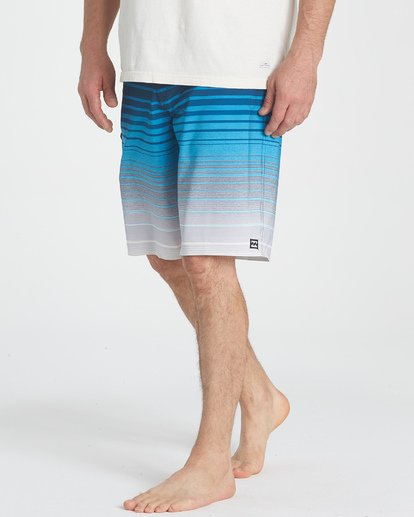 5 All Day Stripe Pro Boardshorts Blue M133TBAS Billabong