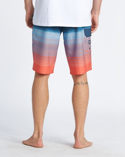 5 All Day Stripe Pro Boardshorts Multicolor M1341BSP Billabong