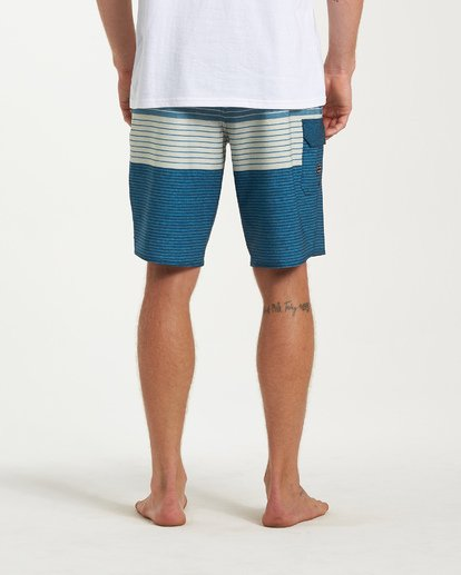 9 All Day Heather Stripe Pro Boardshorts Blue M134VBAH Billabong