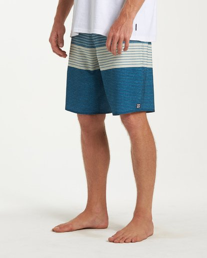 7 All Day Heather Stripe Pro Boardshorts Blue M134VBAH Billabong