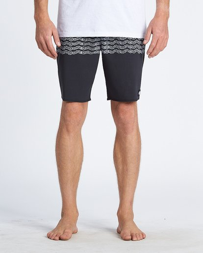 2 Wawaa Stripe Pro Boardshorts Black M135WBWR Billabong