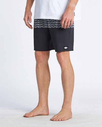 3 Wawaa Stripe Pro Boardshorts Black M135WBWR Billabong