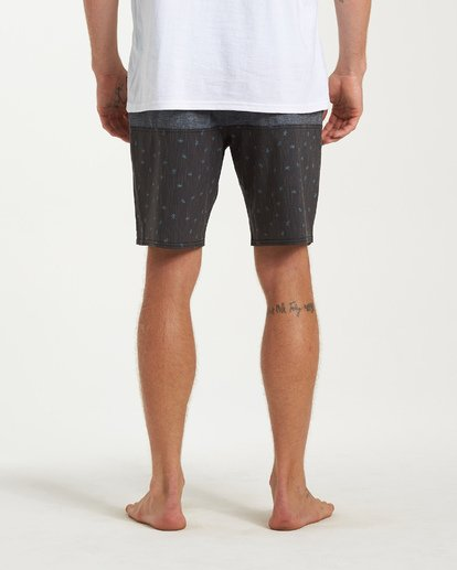 8 Tribong LT Boardshorts Black M140TBTB Billabong