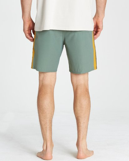 11 D Bah LT Boardshorts Green M145TBDB Billabong