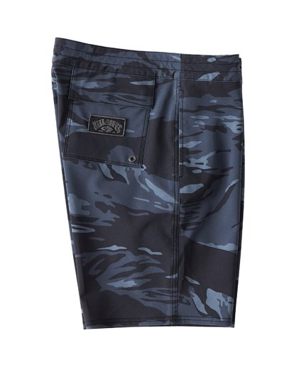 2 All Day LT Boardshorts Black M147VBAT Billabong