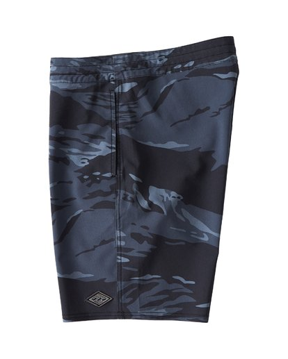 3 All Day LT Boardshorts Black M147VBAT Billabong