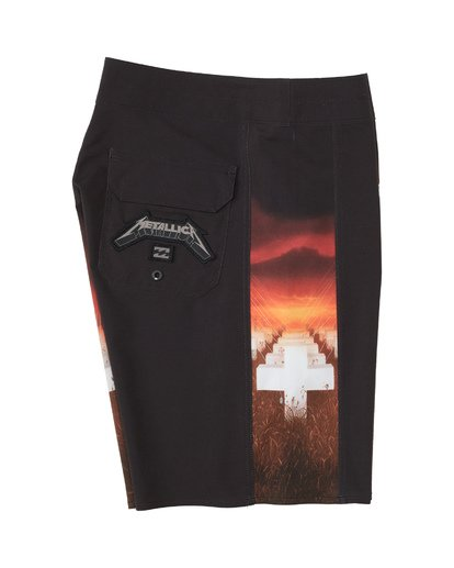 3 Metallica Master of Puppets Boardshorts Red M1531BMP Billabong