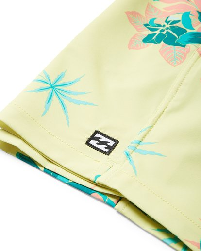 4 Sundays Layback Boardshorts Yellow M180VBSU Billabong