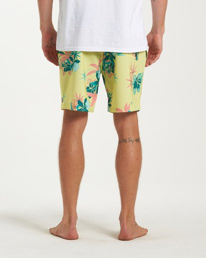 8 Sundays Layback Boardshorts Yellow M180VBSU Billabong