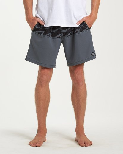 6 Tribong Layback Boardshorts Black M185WBTL Billabong
