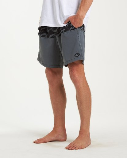 7 Tribong Layback Boardshorts Black M185WBTL Billabong