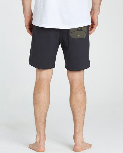 4 Barra Boardshorts Black M192NBBA Billabong
